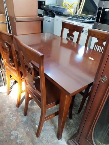 Tavolo Con Sedie Usato.Tavolo Con Sedie In Arte Povera Magazzino Dell Usato